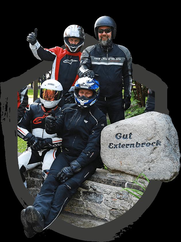 externbrock-motorradfahrer